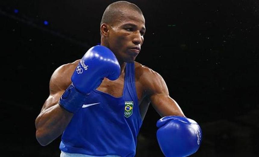 Baiano Robson Conceição vence 10ª luta seguida e pede duelo contra campeões 1