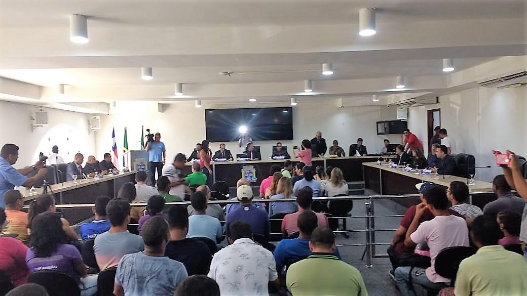 Ariana Prates é a nova presidente da Câmara de Porto Seguro. 1