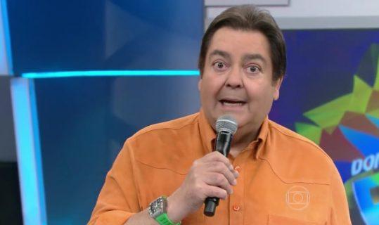 """Faustão é hostilizado em restaurante após ser acusado de criticar Bolsonaro: """"Barriga de bosta"""" 1"""