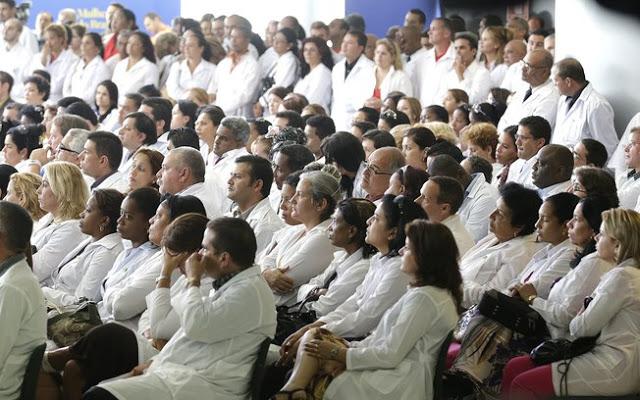 Médicos com registro no Brasil devem se apresentar nos municípios até quinta-feira 1