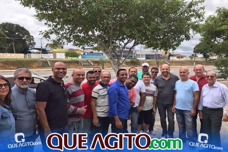 Prefeito Robério e vereadores municipais visitam ruas que serão pavimentadas em Eunápolis 40
