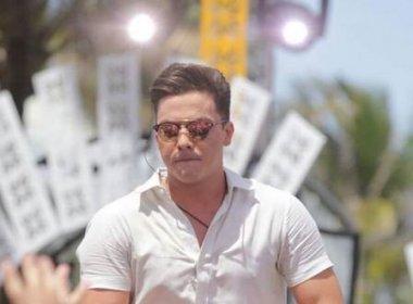Safadão surpreende fãs em Miami com cabelo curto; cantor grava DVD nos EUA 49