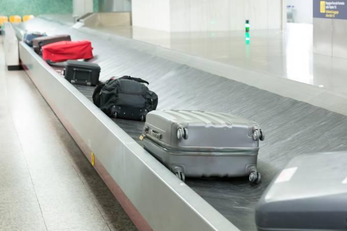 Companhias aéreas ainda não têm data para cobrar bagagem 48
