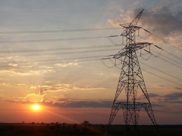 Conta de luz subirá 2,15% em 2018 para bancar subsídios do governo 40