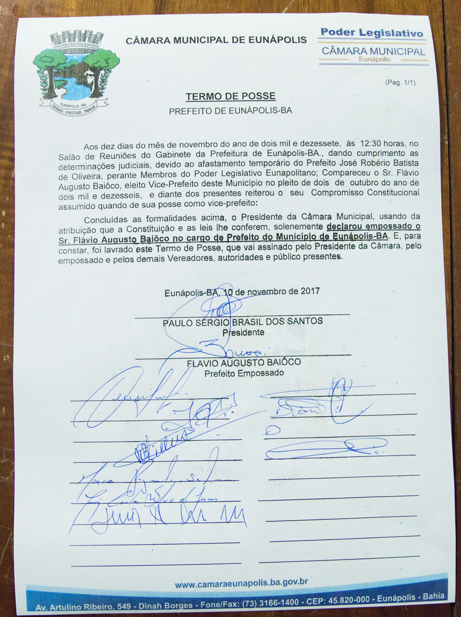 Vice-prefeito assume interinamente Prefeitura de Eunápolis 21