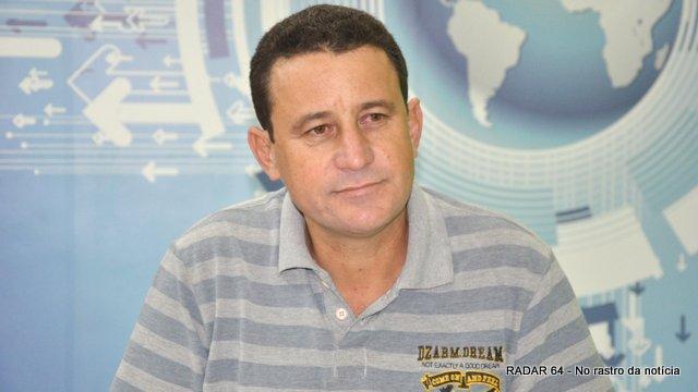 Vice-prefeito assume interinamente Prefeitura de Eunápolis 49