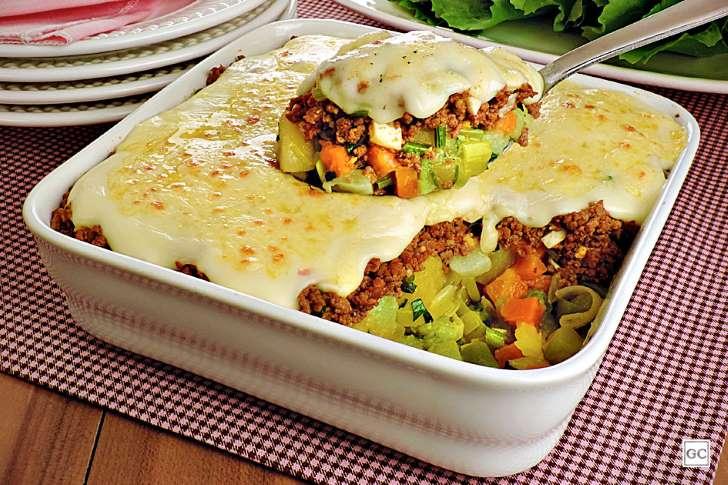 Receita: Carne moída gratinada com legumes 18