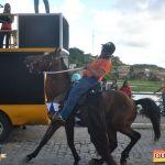 Devinho Novaes leva milhares de foliões ao delírio na 29ª Festa do Cavalo 240