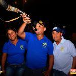 Devinho Novaes leva milhares de foliões ao delírio na 29ª Festa do Cavalo 29