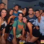 Kaio Oliveira e Petra animam o domingão no Drink & Cia 24