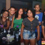 Kaio Oliveira e Petra animam o domingão no Drink & Cia 106