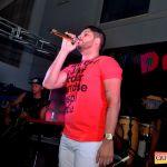 Kaio Oliveira e Petra animam o domingão no Drink & Cia 96