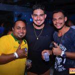 Kaio Oliveira e Petra animam o domingão no Drink & Cia 88