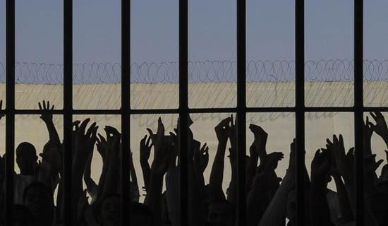 Empresas contratadas pelo governo deverão reservar vagas para presos 18