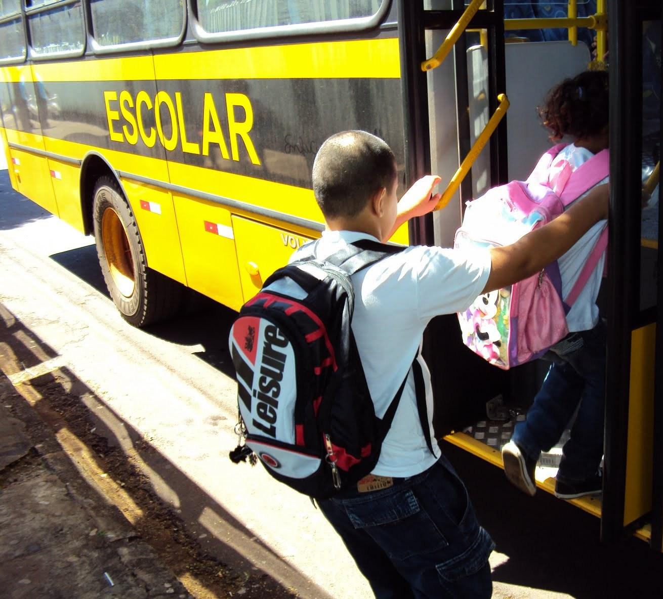 Alunos da zona rural de Eunápolis estão sem transporte escolar 56