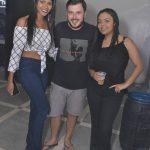 Eunápolis: Adriano Aguiar e Sinho Ferrary agitam noite de sábado no Villa 40
