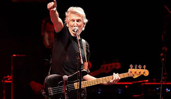 Ex-vocalista do Pink Floyd é xingado por multidão ao fazer campanha contra Bolsonaro 24