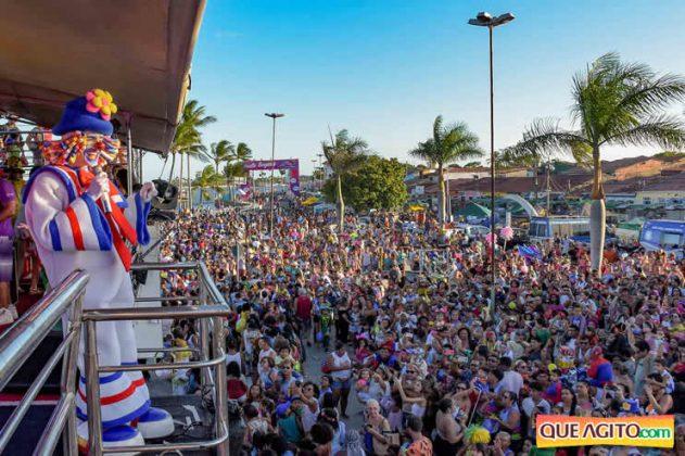 Atração infantil e programação variada atraem multidão no segundo dia de Carnaval Oficial em Porto Seguro 12