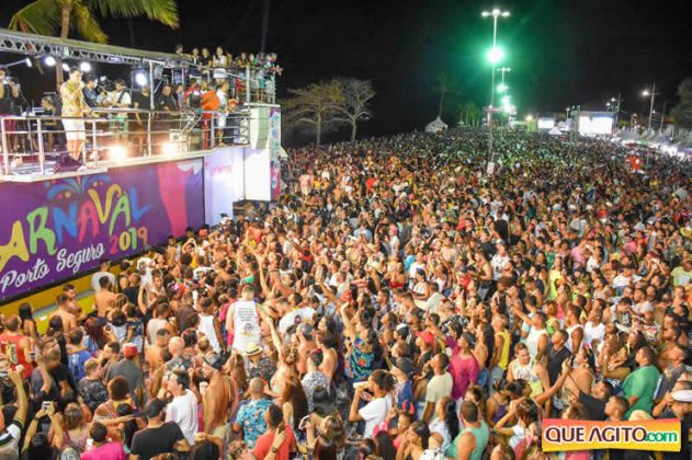 Atração infantil e programação variada atraem multidão no segundo dia de Carnaval Oficial em Porto Seguro 55