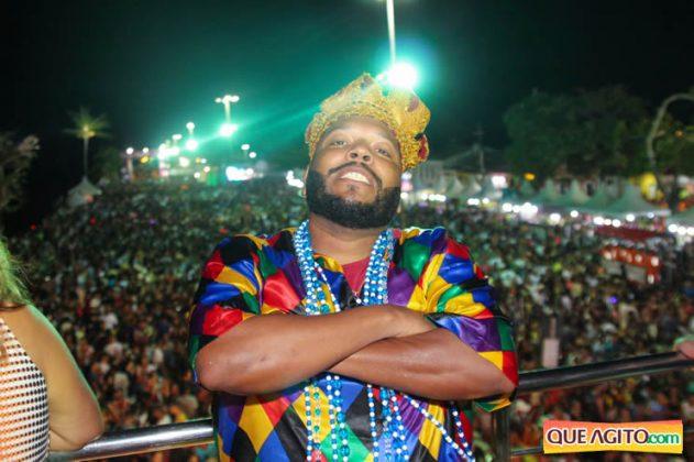 Atração infantil e programação variada atraem multidão no segundo dia de Carnaval Oficial em Porto Seguro 26