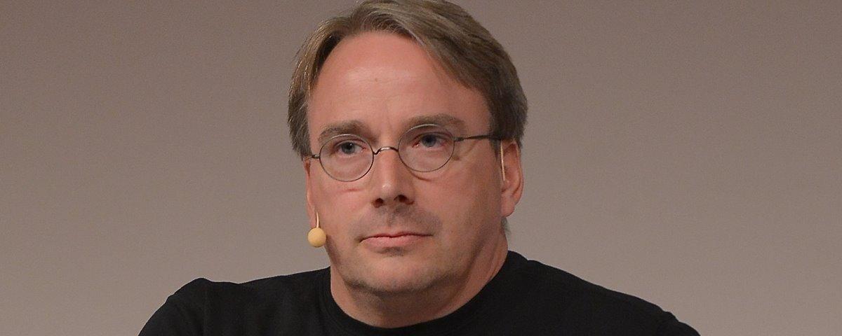 """Criador do Linux chama Facebook, Twitter e Instagram de """"doença"""" e """"lixo"""" 40"""
