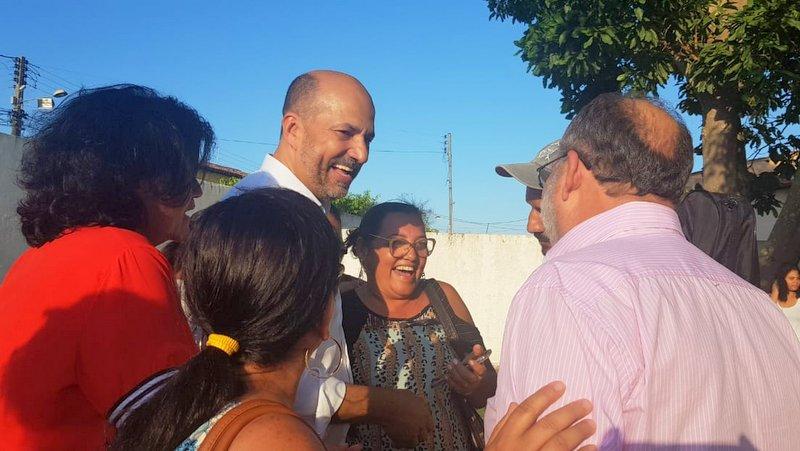 Acaba greve dos professores em Eunápolis; Prefeito Robério assina acordo com a classe 1