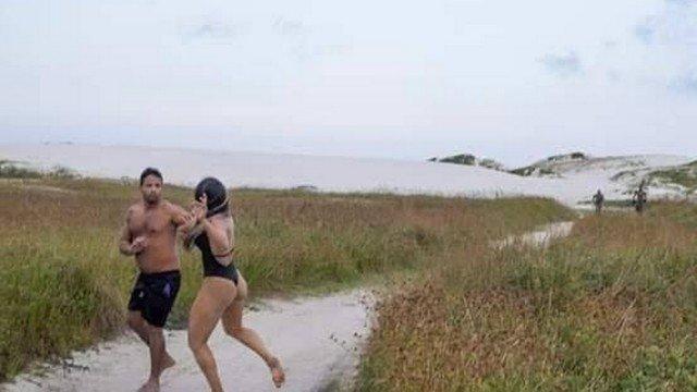 Lutadora de MMA entra em confronto com homem que se masturbava em praia no RJ 1