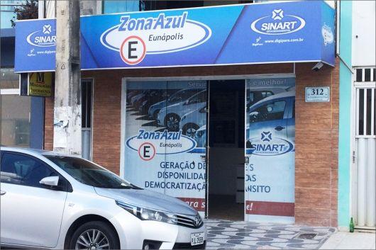 Proprietários de veículos postam vídeos denunciando a cobrança abusiva por parte da Zona Azul na cidade de Eunápolis 1