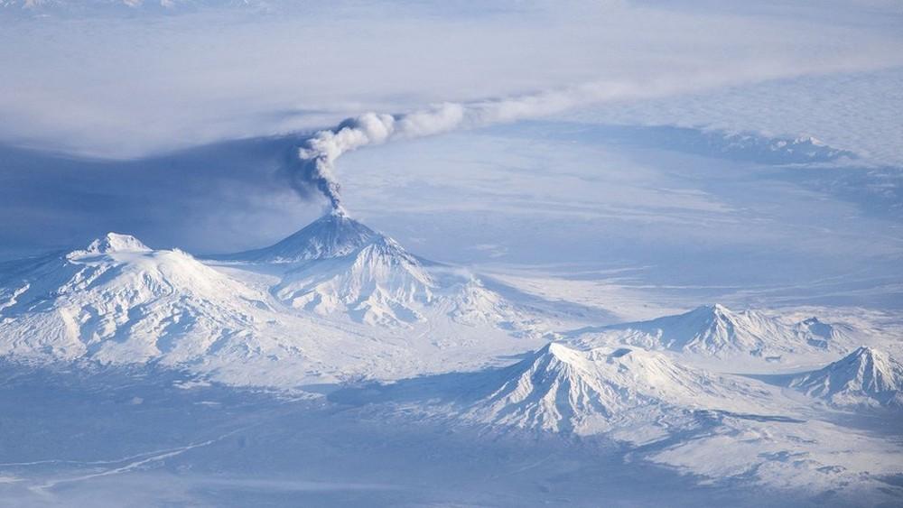 O vulcão russo que parecia extinto e pode ser o novo Vesúvio 1