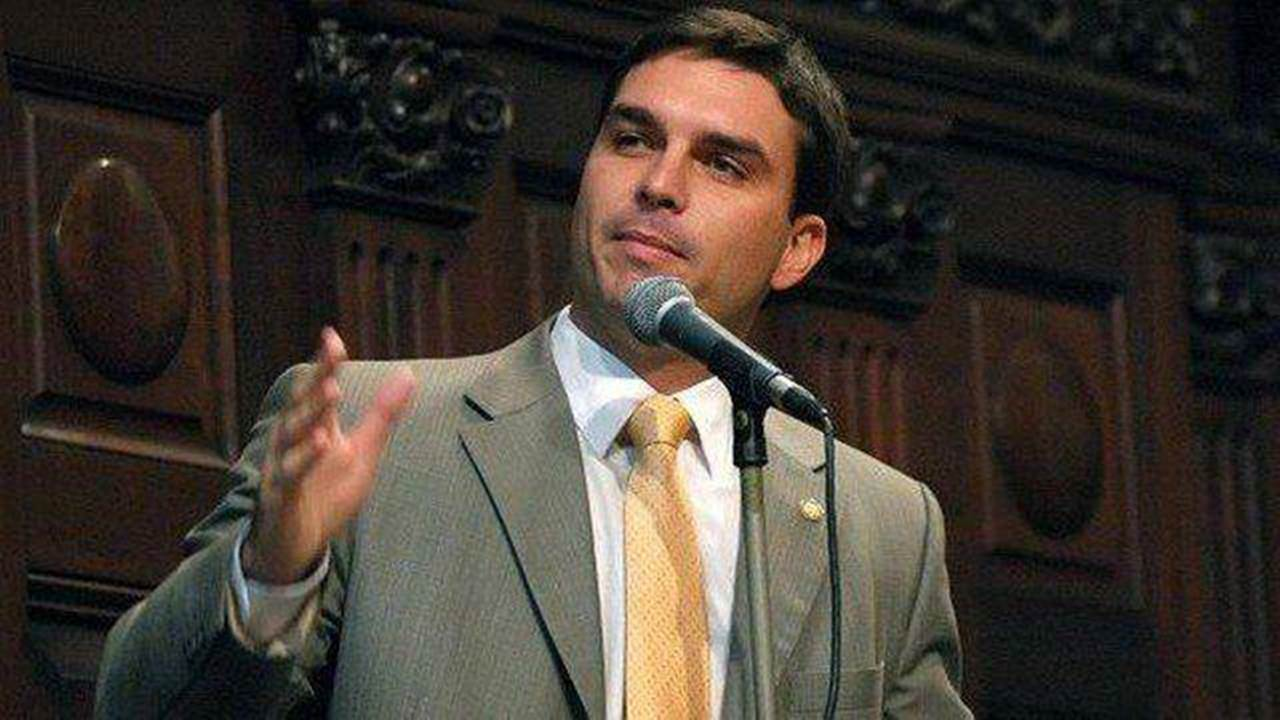 """PEC sobre desapropriação de propriedade privada """"quer apenas evitar arbitrariedades e injustiças"""" nos processos, diz senador 1"""