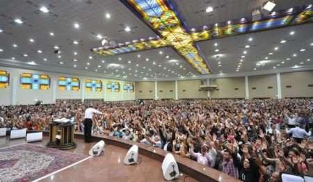 Igreja Universal é condenada por esterilização de pastores 1