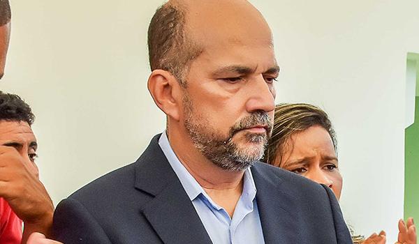 PREFEITOS DEVEM DISPUTAR REELEIÇÃO EM MAIORES COLÉGIOS ELEITORAIS DA BAHIA; ROBÉRIO OLIVEIRA, DE EUNÁPOLIS, ESTÁ IMPEDIDO PELA JUSTIÇA 33