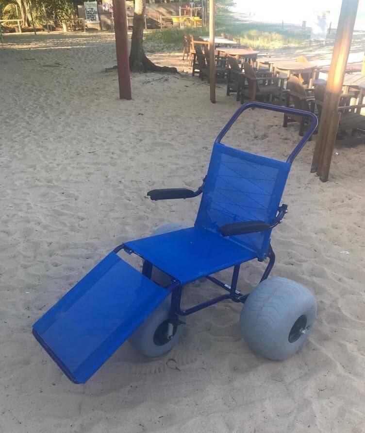 Porto Seguro Praia Resort oferece cadeira anfíbia para hóspedes com deficiência 2