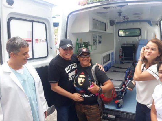 Deputado Jânio Natal entrega ambulância ao hospital regional de Porto Seguro 6