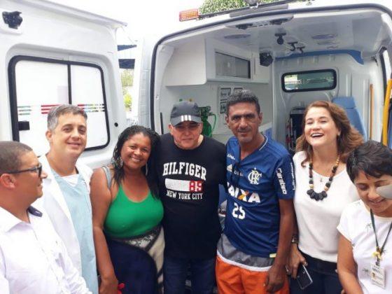 Deputado Jânio Natal entrega ambulância ao hospital regional de Porto Seguro 7