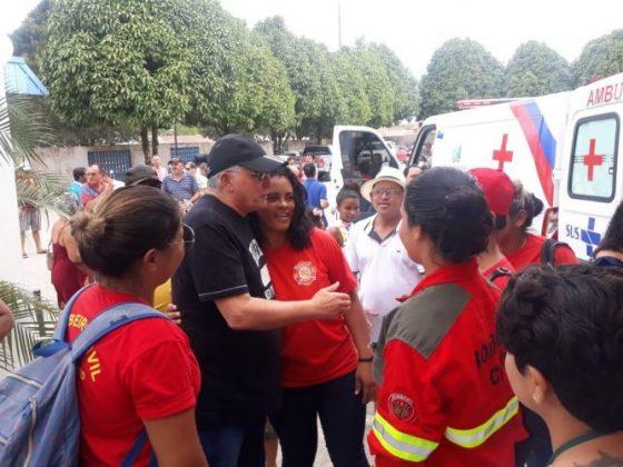 Deputado Jânio Natal entrega ambulância ao hospital regional de Porto Seguro 11