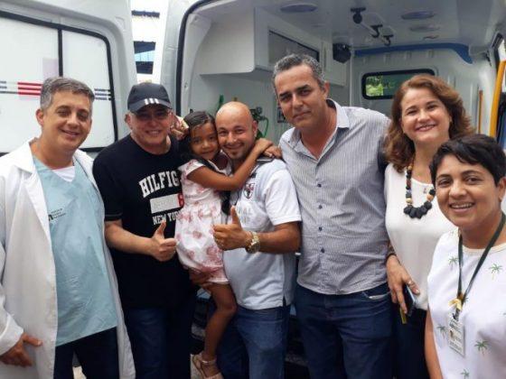 Deputado Jânio Natal entrega ambulância ao hospital regional de Porto Seguro 12