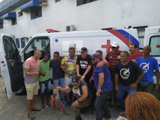 Deputado Jânio Natal entrega ambulância ao hospital regional de Porto Seguro 14