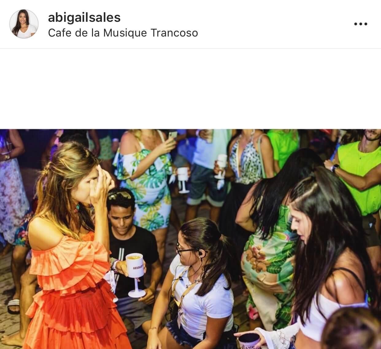 Abigail Sales Comemora 10 Anos de Produção. 3
