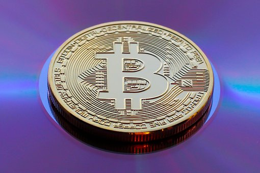 Analistas preveem chegada do Bitcoin a 15 mil dólares 1