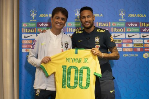 Neymar completa marca de 100 jogos pela Seleção Brasileira 47