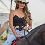 3ª edição da Cavalgada das Mulheres contou com show de 100 Parea e muito mais 70