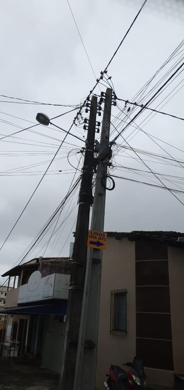 Eunápolis: Provedores de Internet e empresas de telefonia devem realocar fiação para retirada de postes antigos 16