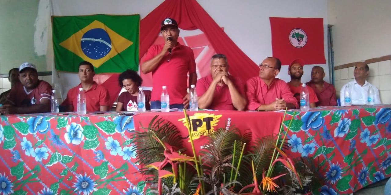 Executiva e Diretório do PT de Itabela tomam posse; Deputado critica prefeito e declara oposição ferrenha 43