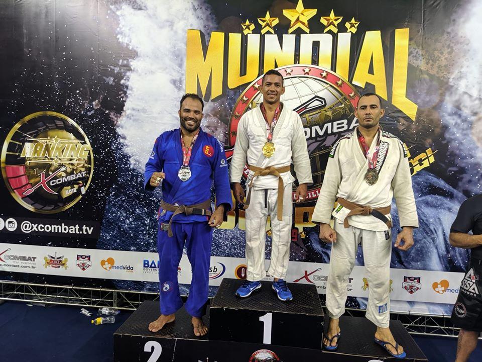 Eunapolitano Tratozinho faz bonito e fatura título mundial de jiu-jitsu. 2