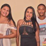 Jânio Natal comemora aniversário ao lado de amigos e familiares ao ritmo da Caneta Azul 47