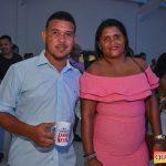 Jânio Natal comemora aniversário ao lado de amigos e familiares ao ritmo da Caneta Azul 51