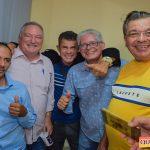 Jânio Natal comemora aniversário ao lado de amigos e familiares ao ritmo da Caneta Azul 75