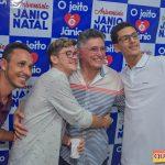 Jânio Natal comemora aniversário ao lado de amigos e familiares ao ritmo da Caneta Azul 151
