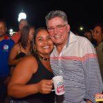 Jânio Natal comemora aniversário ao lado de amigos e familiares ao ritmo da Caneta Azul 188